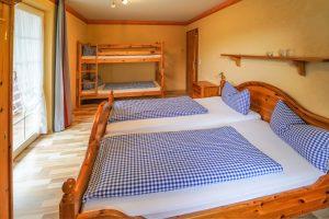 Schlafzimmer - Josenhof Ferienwohnung Hofblick